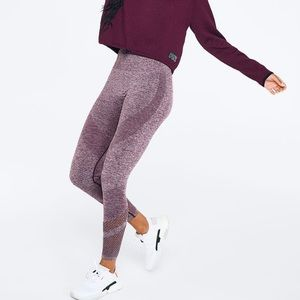 VS PINK Seamless Workout Tight -Plum -Small